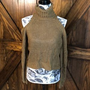 Hayden LA Crop Sweater w/shoulder cut out